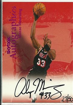 1999-00 SkyBox Premium Autographics Blue #78 Alonzo Mourning /50