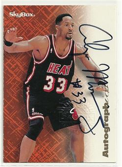 1996-97 SkyBox Premium Autographics #56 Alonzo Mourning