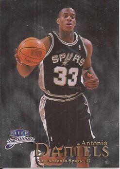 1998-99 Fleer Brilliants #79 Antonio Daniels