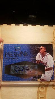 2012-13 Fleer Ultra Fresh Ink autograph