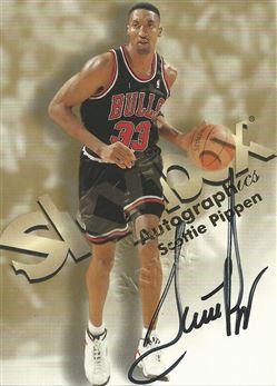 1998-99 SkyBox Premium Autographics #96 Scottie Pippen AU