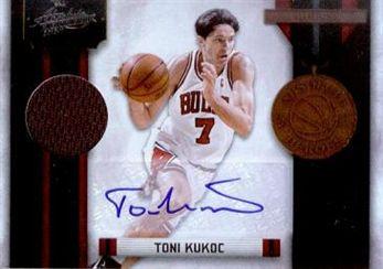 2010-11 Absolute Memorabilia Absolute Heroes Materials Signatures #15 Toni Kukoc/25