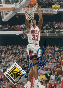 1996-97 Score Board Buyback AU Scottie Pippen / 93-94 Upper Deck 449 BT
